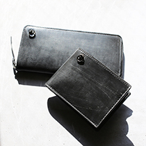 BRIDLE LEATHER WALLETの写真